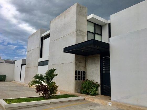 DEPARTAMENTO NUEVO DE 2 RECÁMARAS CON PISCINA CERCA DE UNIVERSIDAD MARISTA Y ANÁHUAC MAYAB EN TEMOZÓN NORTE
