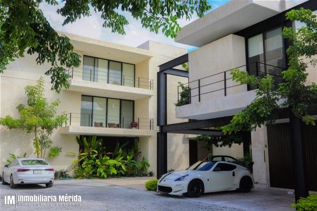 TOWNHOUSE 2 RECAMARAS AMUEBLADA EN PRIVADA POR CITY CENTER