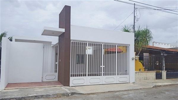 CASA DE UNA PLANTA CON 2 RECAMARAS EN JARDINES DE PENSIONES